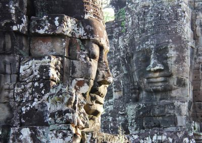 bayon-temple-faces