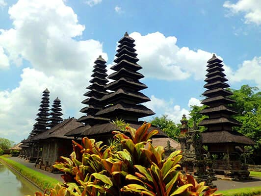 Family Tour Indonesia 4 days/3 nights