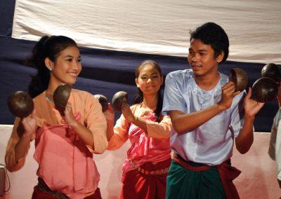 Cambodian folk dance-Coconut dance