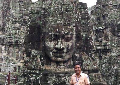 Tivorn Vun -Tour Guide